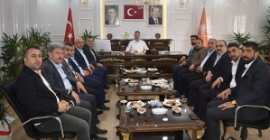 AK Parti İl Başkanı Çalapkulu, Belediye Meclis Üyeleri İle Bir Araya Geldi