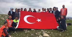 Şirvan'da Lise Öğrencilerinden Doğa Yürüyüşü