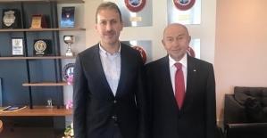 Başkan Çalapkulu, Nihat Özdemir'e 'Hayırlı Olsun' Ziyaretinde Bulundu