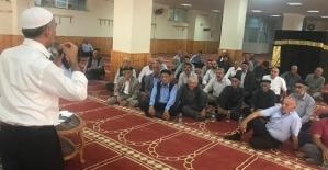 Siirt'te Hacı Adaylarına Kâbe Maketli Eğitim Semineri Verildi