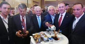 AK Parti Siirt Teşkilatı 18. Yaş Etkinliklerine Katıldı