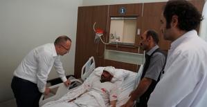 Vali Atik, Trafik Kazasında Yaralanan Vatandaşları Hastanede Ziyaret Etti