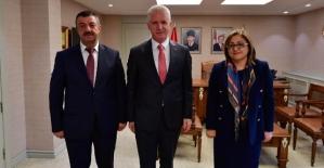 Şirvan Belediye Başkanı Necat Cellek'ten Gaziantep Valisi Davut Gül ve Başkan Şahin'e Ziyaret