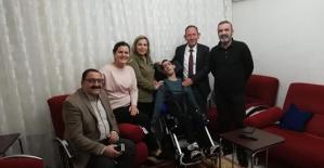 AK Parti Merkez İlçe Başkanı Öner Geyik Engellileri Unutmadı