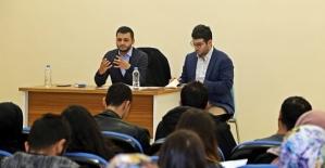 Asım'ın Nesli Öğrenci Topluluğundan Cemil Meriç Konferansı