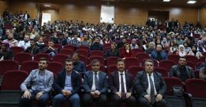 """Siirt Üniversitesinde """"Engelleri Beraber Aşalım"""" Adlı Konferans Düzenlendi"""