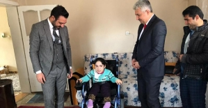AK Parti İl Başkanı Av. Ekrem Olğaç, Engellileri Sevindirmeye Devam Ediyor