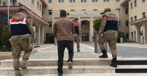 """""""Silahlı Terör Örgütüne Üye Olma"""" Suçundan 6 Yıl 5 Ay Hapis Cezası İle Aranan Şahıs Yakalandı"""