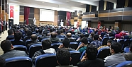 """""""İslam Dünyasının İçinde Bulunduğu Durum ve Geleceği"""" Konferansı"""