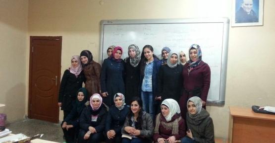 Türkçe Öğrenen Yabancı Uyruklu Öğrenciler Arasında Konuşma Arkadaşlığı Projesi