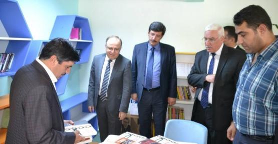 Z-Tipi Kütüphane Törenle Açıldı
