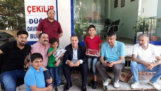 AK Parti Siirt Milletvekili Adayı Osman Ören'e 3 Dilde Müzik